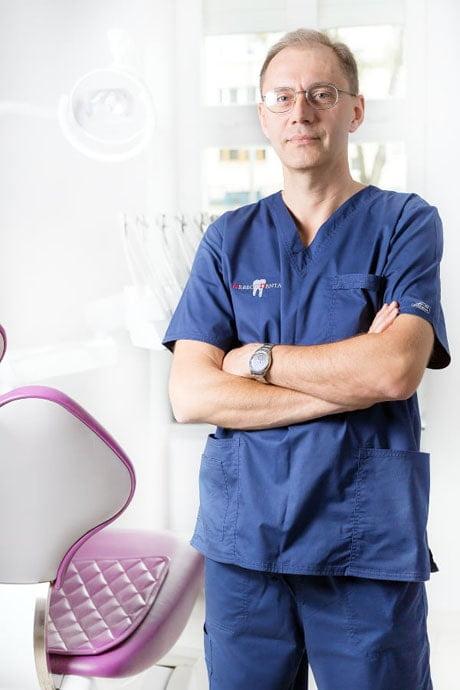 Chirurg stomatolog - dr n.med Jan Krawczak